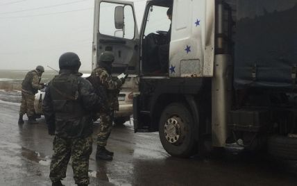 Турчинов обіцяє лише посилювати пропускний режим на Донбасі