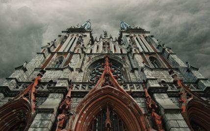 Пожежа об'єднала українців: представники бізнесу дали по 1 млн грн на відновлення костелу Святого Миколая