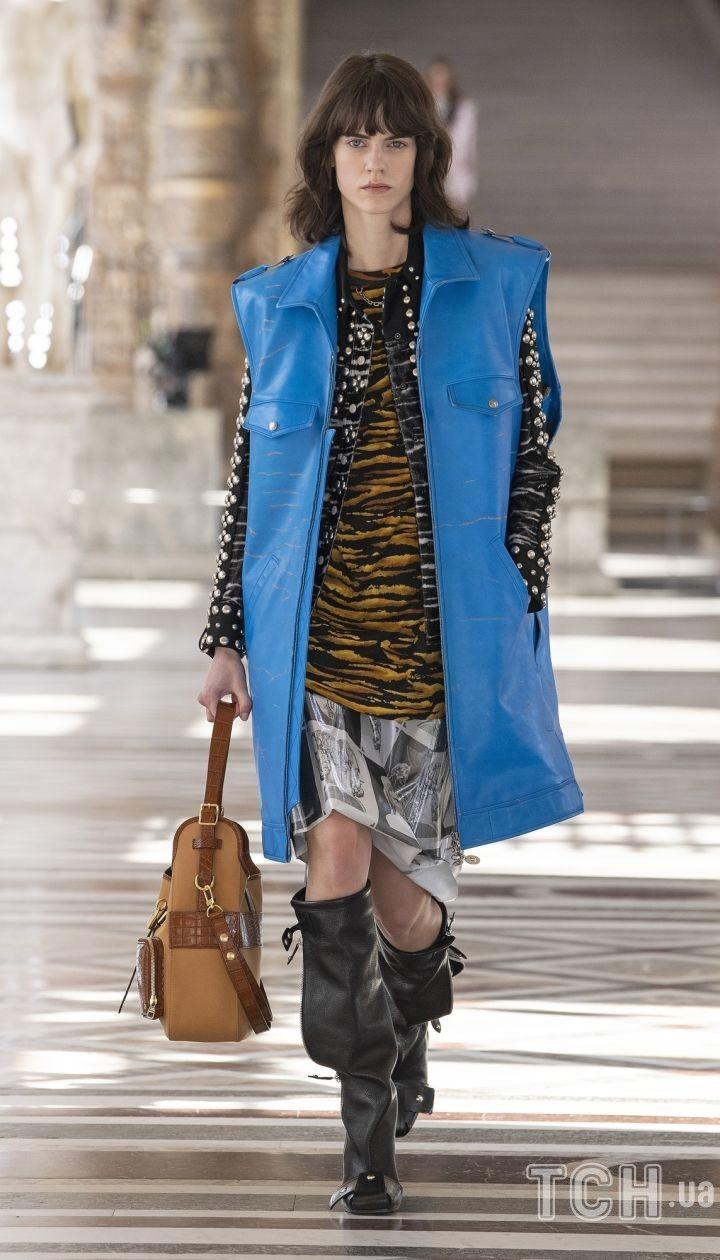 Коллекция Louis Vuittonпрет-а-порте сезона осень-зима 2021-2022  / © East News