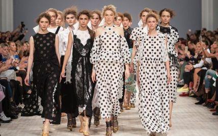 Топ-7 позитивных новостей: конец эпохи голых женщин, тепло и модная неделя