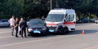 В Житомире скорая попала в ДТП: погиб пациент, которого везли в больницу