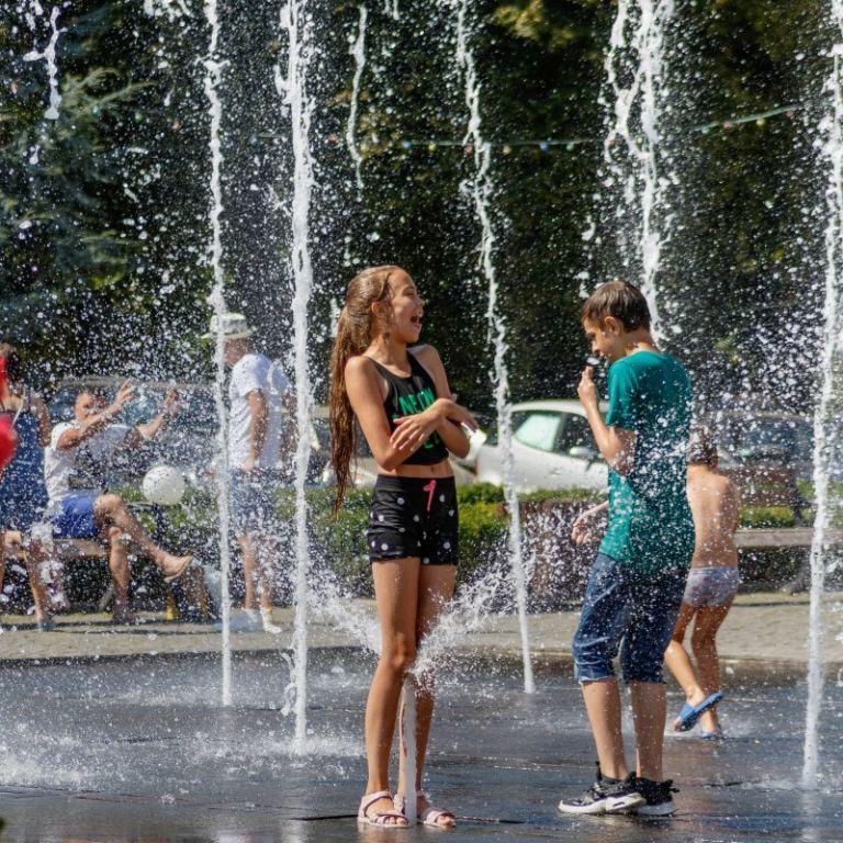Погода в Украине: какие регионы в июне ожидают жару до 40 градусов