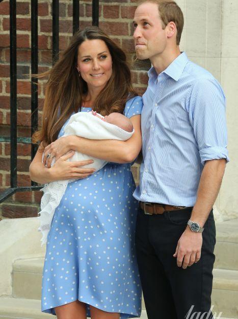 Кейт и Уильям с сыном Джорджем / © Associated Press