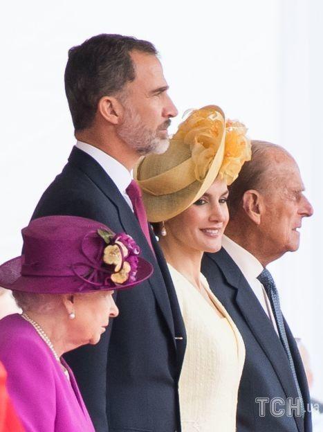 Король Филипп VI с королевой Елизаветой II / © Getty Images