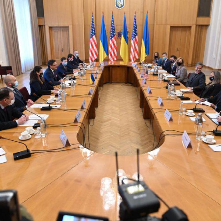 Залучення США до мирного врегулювання на Донбасі й участь у саміті Кримської платформи: всі подробиці зустрічі Кулеби іБлінкена