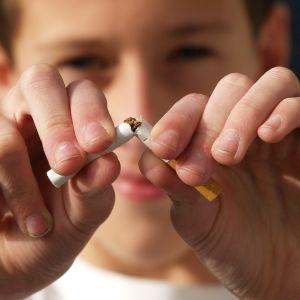 Тютюн щороку вбиває понад 8 мільйонів людей: сьогодні у світі День відмови від куріння - No Smoking Day