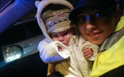 Киевская полиция спасла полузамерзшего трехмесячного младенца