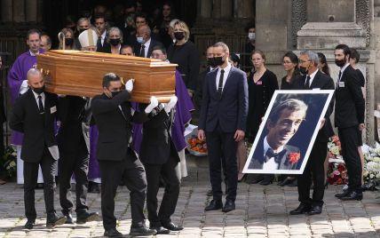 Прощание с Бельмондо: как в Париже провели церемонию похорон легенды французского кино