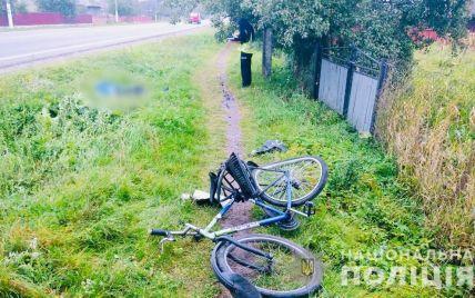 На Прикарпатье водитель сбил насмерть велосипедиста и скрылся с места ДТП: разыскали его во Львове (фото)