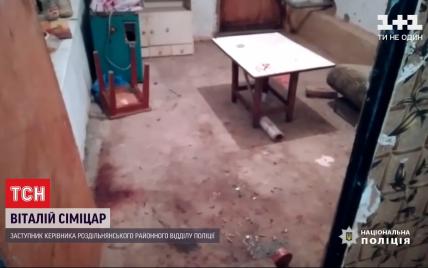 Кривава драма: на Одещині орендодавець знайшов у вигрібній ямі тіло квартиранта