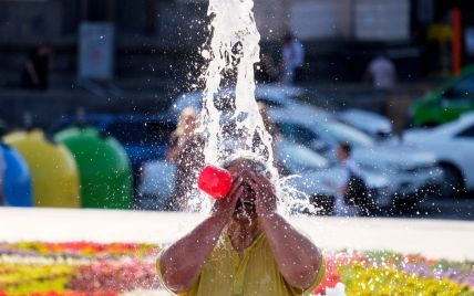 Будет еще жарче: украинцев предупредили о новых волнах крайне высоких температур