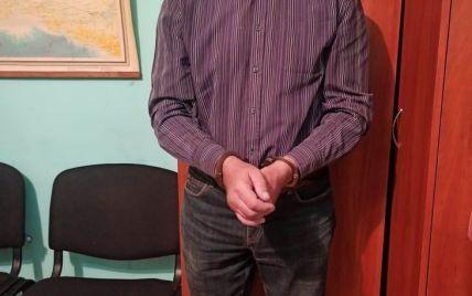 """""""Сексуально развращал мальчиков 11 и 12 лет"""": в Винницкой области задержали 59-летнего подозреваемого"""