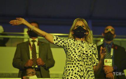 У гороховій сукні і на шпильках: 70-річна Джилл Байден на відкритті Олімпіади в Токіо