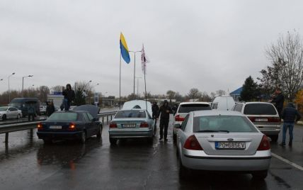 """Главный пограничник рассказал о ситуации на границах после ажиотажа с """"евробляхами"""""""