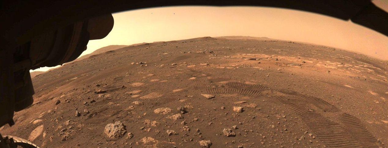 Вчені вперше зробили карту таємничих надр Марса: що приховує Червона планета