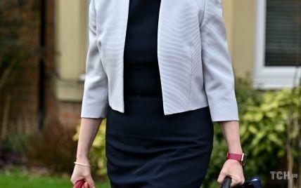 В обтислій сукні і з насиченим макіяжем: перша міністерка Шотландії в об'єктивах папараці