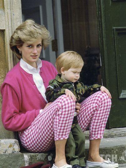Принцесса Диана с сыном Гарри / © Getty Images