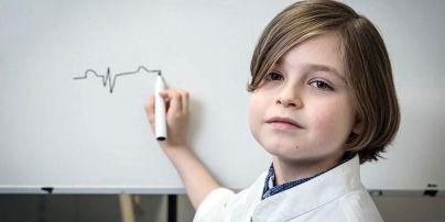 8-річний бельгієць закінчив школу і подає документи до університету