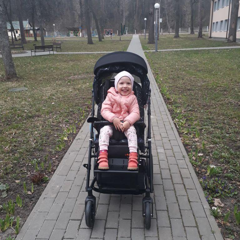 Мама Юли просит помочь собрать средства на реабилитацию доченьки