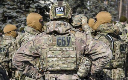 """Правоохранители разоблачили """"крота"""", передававшего секретную информацию СНБО врагу"""