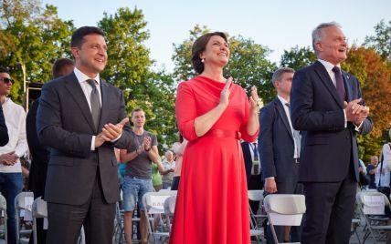 Зеленский в Вильнюсе принял участие в торжественной церемонии исполнения гимна Литвы