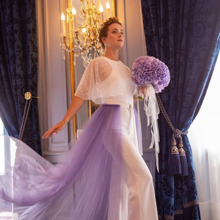 """""""Королева"""": Світоліна похвалилася розкішною весільною сукнею"""