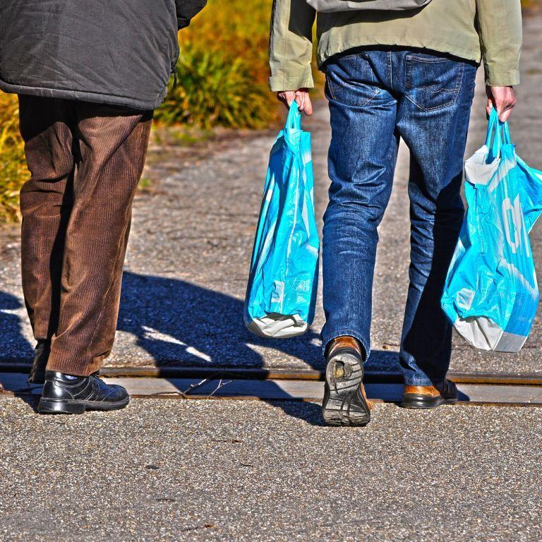 Рада може обмежити використання пластикових пакетів в Україні: що передбачає законопроєкт