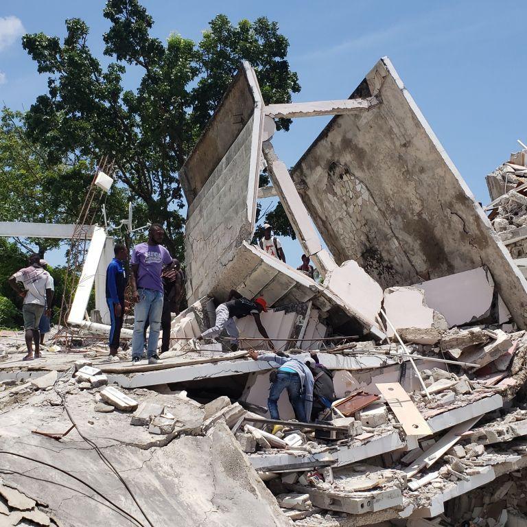 Потужний землетрус на Гаїті блискавично забрав життя понад 200 людей