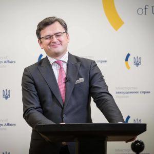 Россия стабильно пытается выйти из Минских договоренностей — Кулеба