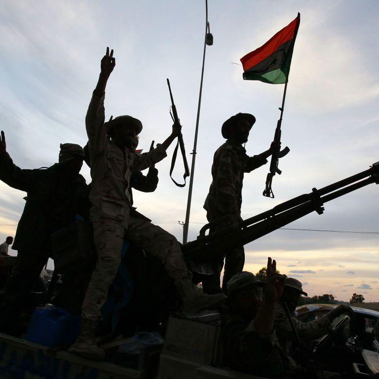 Парламент Єгипту дозволив президенту ввести війська до Лівії