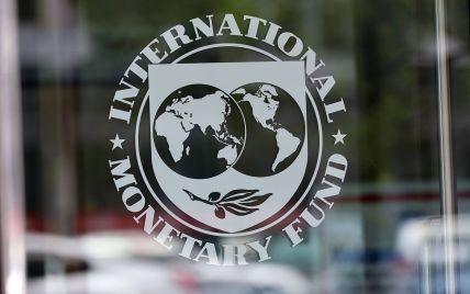 """""""Транш-подарок"""" МВФ выделит для Украины $ 2,7 млрд ко Дню Независимости"""