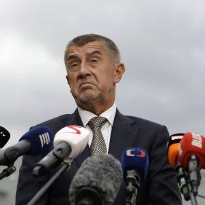 Чехія просить країни ЄС вислати по одному дипломату РФ