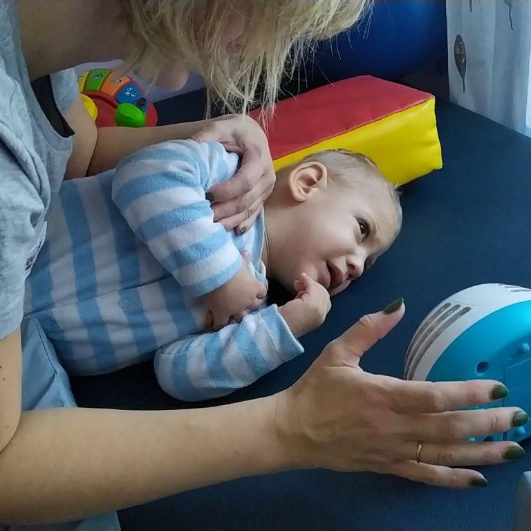 О помощи для сына Виктора просит его мама