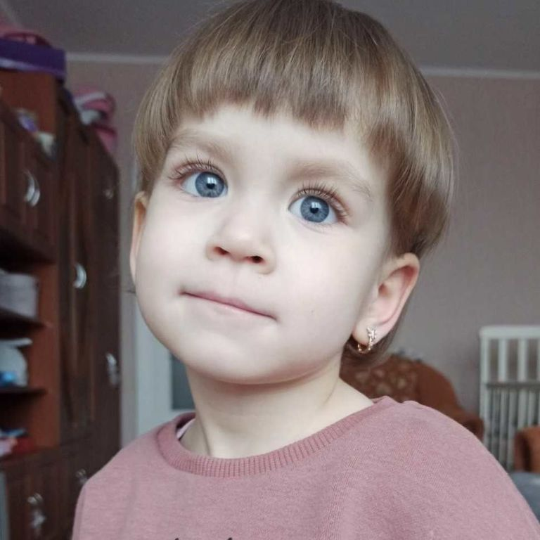 Помогите 3-летней Кире пройти спасительную трансплантацию почки