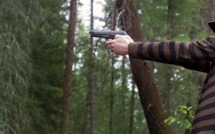 В Первомайске пьяный офицер подстрелил местных жителей и обвинил в обстреле военных АТО