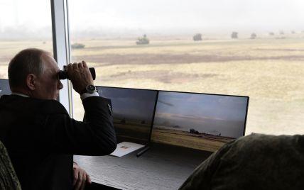 Россия начинает масштабные военные учения в аннексированном Крыму