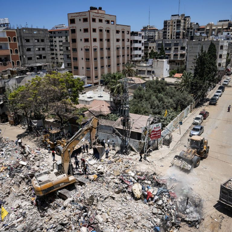 Израиль объяснил, почему обстреляли башню с офисами СМИ в Секторе Газа