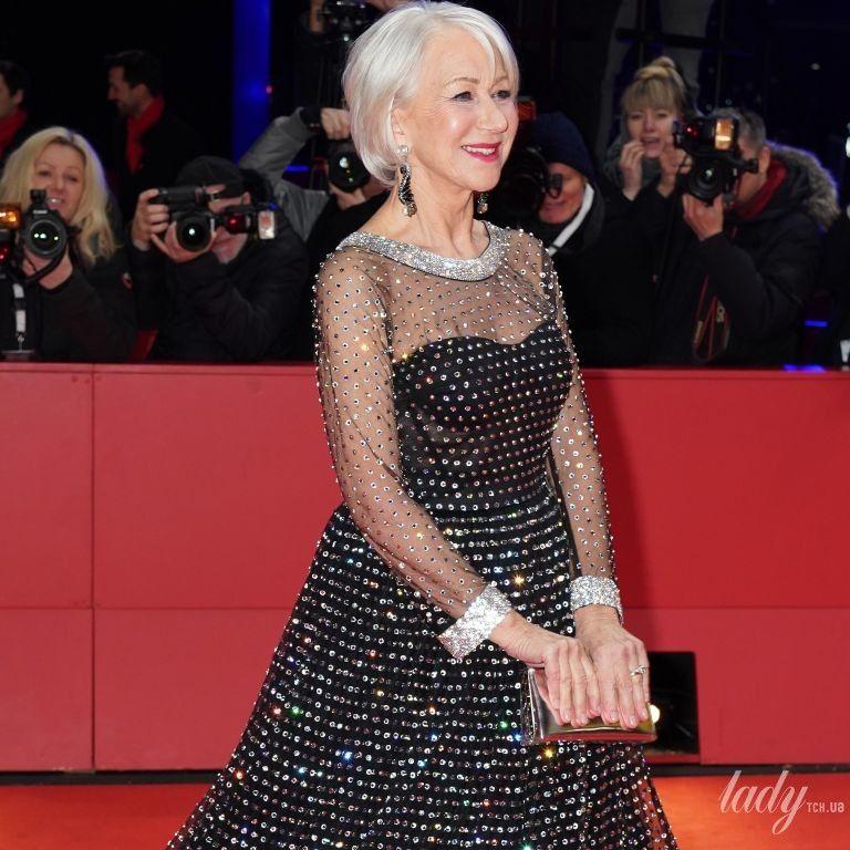 В платье с камнями и сеткой на декольте: эффектный выход Хелен Миррен на красную дорожку
