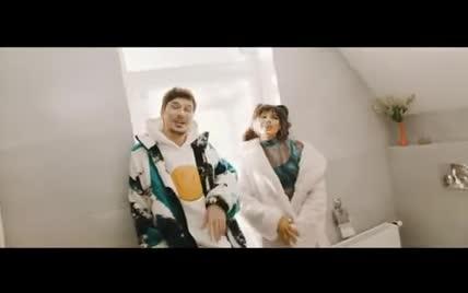 """Позитив и Michelle Andrade выпустили забавный клип на трек """"100 тысяч минут"""""""