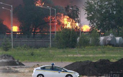 Кличко объяснил, какие силы бросила столица на ликвидацию пожара под Васильковом
