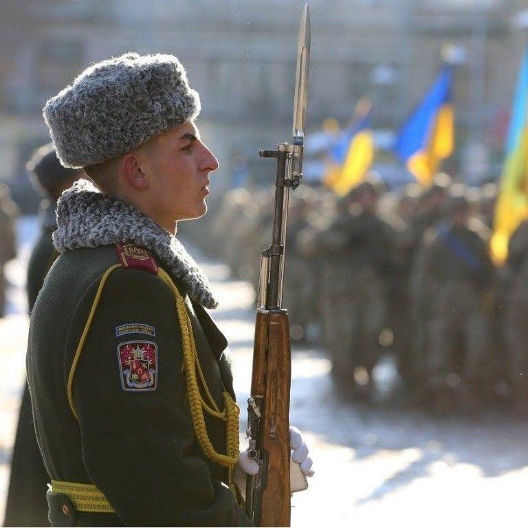 Гордость и защита нации. Вооруженные силы Украины отмечают 25-летний юбилей