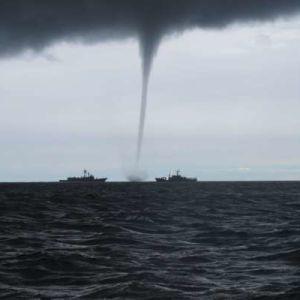 У Чорному морі під Одесою пронісся смерч: відео