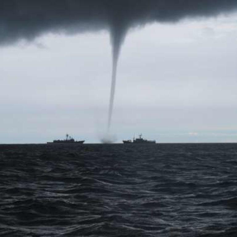 В Черном море под Одессой пронесся смерч: видео