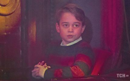 Фотография со смыслом: в Сети обсуждают новый портрет принца Джорджа