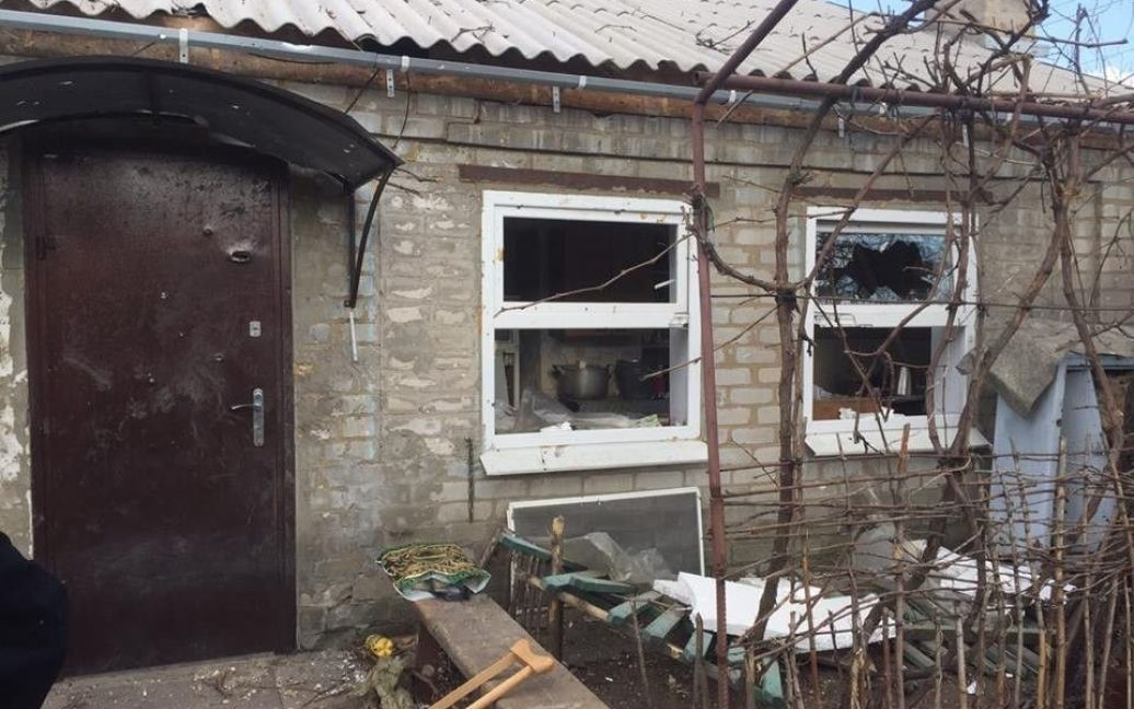 Последствия обстрела Авдеевки / © facebook.com/Вячеслав Аброськин