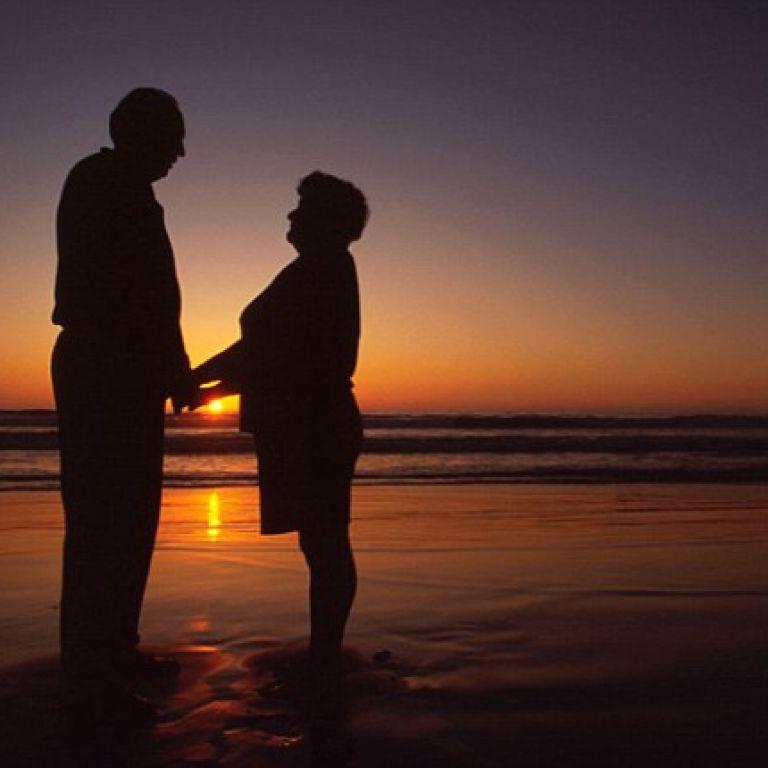 Темпераментная 84-летняя итальянка требует развода, потому что муж не удовлетворяет ее в сексе