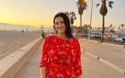 Соломия Витвицкая в красном платье показала, как гуляла Калифорнией