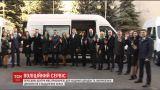 В разные уголки Украины выехали 20 передвижных сервисных центров МВД