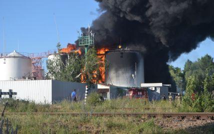 ГСЧС сообщает о возгорании леса в эпицентре пожара под Васильковом