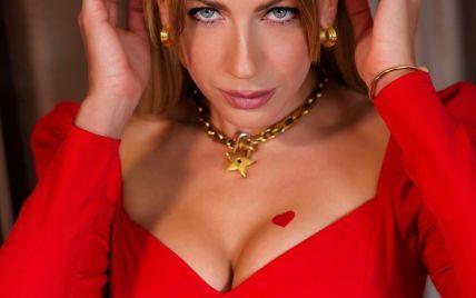 """Лесю Никитюк взломали, запостили ее интимные фото и переписку с """"Холостяком"""""""
